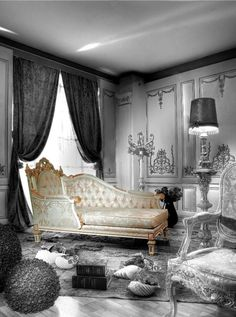 Royal Design Bed Room with Top Crown - Top and Best Italian Classic Furniture