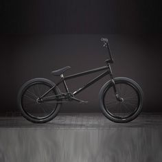 BMX - my 13 year old self is drooling over this sic ass bike.