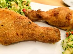 Juicy AirFryer Chicken Drumsticks made with only cup butter but full of flavor and really easy to make. They're tender inside and crispy on the outside. My family loves this healthier air fried chicken recipe! Bbq Chicken Legs, Chicken Leg Recipes, Chicken Drumsticks, Recipe Chicken, Chicken Wings, Air Fryer Oven Recipes, Air Frier Recipes, Air Fryer Dinner Recipes, Air Fryer Fried Chicken
