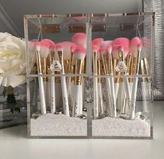 Omg! Ive been trying to find brush holders that encase the brushes, i dont want them in the open exposed to dust etc. I NEED THESE!!