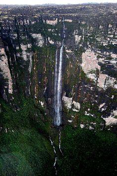 Monte Kukenán (Matawi-Tepui),  Roraima.Brasil