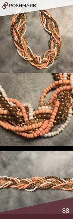 Adjustable statement necklace This cute coral, gold and white chunky necklace is fun and easy to wear. Adjustable chain for length preference. Jewelry Necklaces