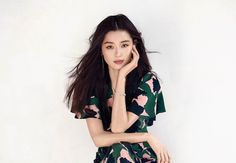 Jun Ji Hyun is Featured in April's Issue of Elle Magazine Korean Actresses, Asian Actors, Jun Ji Hyun Fashion, Photographie Portrait Inspiration, Korean Star, Korean Celebrities, Street Style, Asian Beauty, Natural Beauty