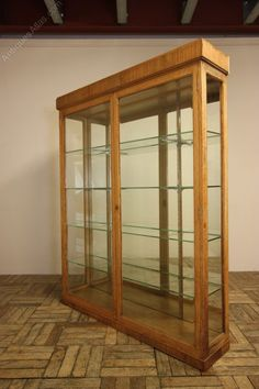 English Antique Oak Display Cabinet. - Antiques Atlas