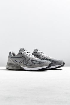 new style 17bf0 dd1f8 New Balance Made In The USA 990 V4 Sneaker