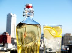 Elderflower cordial perks up a drink by adding a little sweetness and a light floral touch. For less than a dollar, you can make a delicious elderflower mixer that tastes a bit like a lemon bar mixed with a light, floral tea. Cordial Recipe, Elderflower Cordial, Serious Eats, How To Make Homemade, Non Alcoholic, Simple Syrup, Home Brewing, Yummy Drinks, Herbalism