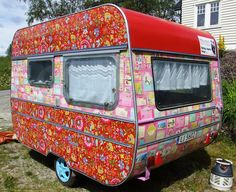 The painting color commerce: Old caravan Retro Glam Camping, Retro Camping, Camping Glamping, Old Campers, Little Campers, Happy Campers, Vintage Caravans, Vintage Travel Trailers, Vintage Campers