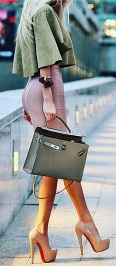 #streetstyle #spring2016 #inspiration | Shades Of Pink x Shades Of Green Source