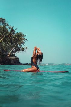 Lake Pictures Discover Lifestyle & Technical Surf Clothing and Swimwear Brand Blissed out beach vibes in the Way Back One Piece Summer Pictures, Beach Pictures, Summer Beach, Summer Vibes, Shotting Photo, Surfing Pictures, Beach Poses, Surf Girls, Kitesurfing