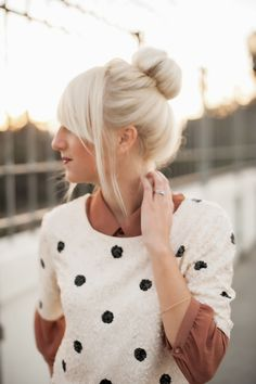 Platinum hair_bun