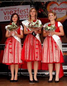 """Termin vormerken.  ...  Nächsten Samstag ist Viezfest in Merzig. Dort trifft man auch diese netten jungen Damen wieder. <a href=""""http://www.merzig.de/…/veranstal…/events/event-51b5bfba65217"""">http://www.merzig.de/…/veranstal…/events/event-51b5bfba65217</a>"""