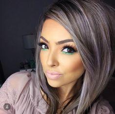 yours truly 💜 o Ombre Hair, Balayage Hair, Medium Hair Styles, Curly Hair Styles, Haircut And Color, Hair Color Highlights, Cool Hair Color, Silver Hair, Hair Dos