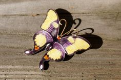 Chinese Export Gilt Enamel Butterfly Brooch https://www.etsy.com/listing/247967896/chinese-export-gilt-enamel-butterfly?ref=shop_home_active_2&utm_content=buffer06f8b&utm_medium=social&utm_source=pinterest.com&utm_campaign=buffer #etsygifts #vogueteam