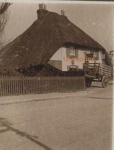 Shirley Pub Southampton Old Thatched Inn 1914 Hampshire Photographs Hythe IOW Royal Mail, Southampton, Byzantine, Hampshire, The Row, United Kingdom, Photographs, House Styles, Vintage