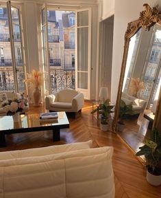 Dream Home Design, Home Interior Design, House Design, Dream House Interior, Luxury Interior, Interior Design Inspiration, Interior Ideas, Garden Design, Parisian Apartment