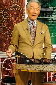 小川カズオフィシャルサイト » Blog Archive あなたはネクタイ派?スカーフ派? - 小川カズオフィシャルサイト Mens Fashion Suits, Fashion Outfits, Urban Male, My Friend, Friends, Japan Fashion, Japanese Style, Mens Clothing Styles, Well Dressed