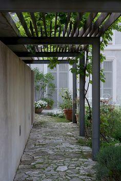 Pergola Ideas For Small Backyards Wisteria Pergola, Pergola Swing, Pergola With Roof, Cheap Pergola, Wooden Pergola, Outdoor Pergola, Pergola Shade, Pergola Plans, Diy Pergola