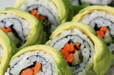 Here's How To Throw A Sushi Party For You And Your Friends