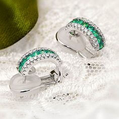 Dreamy emeralds and diamons earings by Coriolan