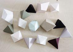 DIY: cardboard diamonds