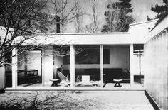 PROYECTOS DE CASAS CON PATIO – Ludwig Mies van der Rohe, 1931-1938 CASA ESTACIONAL EN MUURATSALO – Alvar Aalto, 1953 CASA SERT – Josep Lluís Sert, 1956