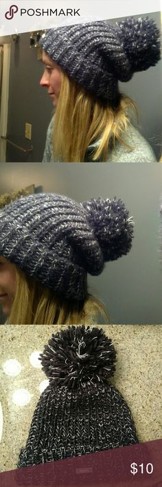 Slouch beanie So cute and warm. Thick knit, confetti purple Bench Accessories Hats