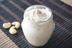 Queso crema vegano Queso Crema, Glass Of Milk, Vegetarian Recipes, Vegan
