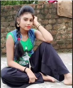 Beautiful Indian Actress, Beautiful Women, Indian Girls Images, Cute Girl Photo, Sexy Skirt, India Beauty, Indian Actresses, Girl Photos, Beauty Women