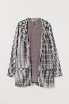 Long jacket in jersey. Narrow notched lapels welt front pockets and long sleeves with sewn cuffs. Fall Fashion Trends, Autumn Fashion, Matching Sweaters, Sweater Set, Plaid Blazer, Blazer Outfits, Long Jackets, Vintage Denim, Fashion Company