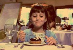 Matilda Cake Scene, Matilda Movie, Indie Movies, Old Movies, Bolo Matilda, Matilda Quotes, Mara Wilson, Miss Honey, World Book Day Costumes