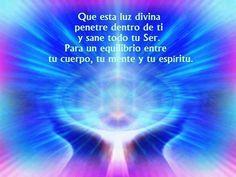 Que esta Luz Divina penetre dentro de ti y sane todo tu Ser. Para un equilibrio entre tu cuerpo, tu mente y tu espíritu. Así es. Así es. Así es. Hecho esta.