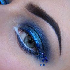 Dazzling blue eyes by Paulina using Sugarpill Heart Breaker palette