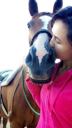 #horse #kiss