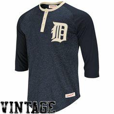 67f02d1b5534 Mitchell   Ness Detroit Tigers Fastball Henley T-Shirt - Navy Blue