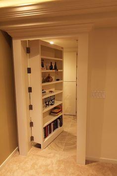 This would be a cool door/shelf for basement remodel! Hidden door into the storage area. Hidden Spaces, Hidden Rooms, Basement Renovations, Home Remodeling, Basement Ideas, Basement Decorating, Remodeling Companies, Bedroom Remodeling, Decorating Ideas