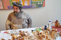 Благотворительная ярмарка-праздник «Традиции Рождества» 4 декабря 2016 - Мастерская добрых дел «Нескучный сад» Freeform Crochet, Crochet Hats, Different Shapes, My Works, Flowers, Knitting Hats, Flower, Blossoms