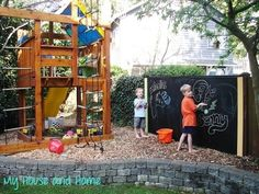 Create an outdoor art haven by mounting a giant chalkboard against the fence - 30 DIY Ways To Make Your Backyard Awesome This Summer-FUN! Outdoor Art, Outdoor Play, Outdoor Spaces, Outdoor Gardens, Outdoor Living, Outdoor Chalkboard, Chalkboard Paint, Blackboard Wall, Large Chalkboard