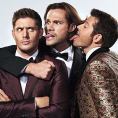 Family don't end with blood. We got @cw_supernatural stars @JaredPadalecki, @JensenAckles and @Misha together for an epic #Halloween-themed photoshoot! Click the link in our bio to see all the photos! #Supernatural : @finlay.mackay for EW #JensenAckles #MishaCollins #JaredPadalecki #SPNFamily #SPN #TeamFreeWill