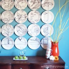 Create a dramatic Anthropologie knockoff using dollar store plates and a Sharpie.