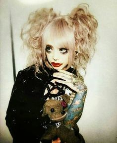 The bAby doll Meto @mejibray_metostagram 《I'm not like them, but I can pretend…