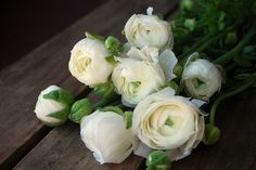 I carried white roses on my wedding day...:)