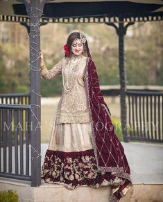 All Ethnic Customization with Hand Embroidery & beautiful Zardosi Art by Expert & Experienced Artist That reflect in Blouse , Lehenga & Sarees Designer creativity that will sunshine You & your Party Worldwide Delivery. Bridal Mehndi Dresses, Pakistani Bridal Makeup, Asian Bridal Dresses, Desi Wedding Dresses, Bridal Dress Design, Bridal Outfits, Bridal Lehenga, Indian Bridal, Bridal Style