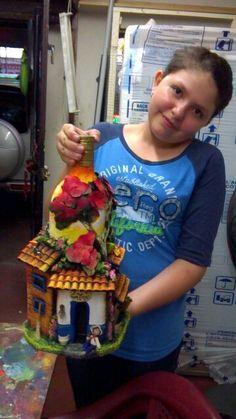 scale DIY Dollhouse Miniature Furniture Straight Stairway with Left Handrail Plastic Bottle House, Empty Plastic Bottles, Recycled Glass Bottles, Glass Bottle Crafts, Wine Bottle Art, Diy Bottle, Decorative Bottles, Bottle Cutter, Vase Crafts