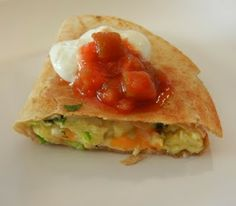 theworldaccordingtoeggface: A day in my pouch Breakfast quesadilla