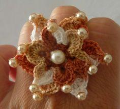 *Sommerlicher Blütenring* von Shop Kunterbunt auf DaWanda.com