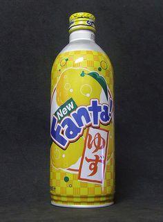 Fanta Yuzu - Japan Dessert Drinks, Yummy Drinks, Desserts, Cool Photos, Interesting Photos, Fanta Can, Coca Cola, Soda Bottles, Coco