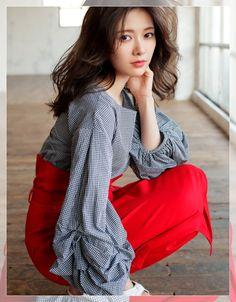 Oriental, Good Looking Women, Beautiful Asian Women, Happy Girls, Ulzzang Girl, Girl Photography, Asian Woman, Beauty Women, Asian Beauty