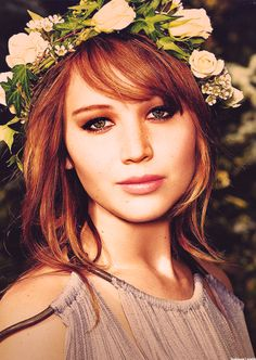 """Things can happen to you, but they don't have to happen to your soul."" Jennifer Lawrence on the moral of The Poker House. Not only is Jennifer Lawrence beautiful and funny, she knows who she is. Pretty People, Beautiful People, Beautiful Ladies, Non Blondes, Beauty And Fashion, Celebs, Celebrities, Famous Faces, Woman Crush"