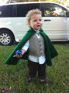 Hobbit Costume - 2013 Halloween Costume Contest via @costumeworks
