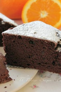 The recipe of the orange and cocoa cake is without butter without eggs and without milk ideal for those who are lactose and egg intolerant. Lean cake is a fat-free, low-calorie water cake, perfect for No Cook Desserts, Gluten Free Desserts, Dessert Recipes, Best Italian Recipes, Favorite Recipes, Tortilla Sana, Chocolate Cacao, Cocoa Cake, Italian Cake